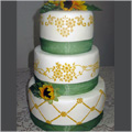 Daisy Lattice Wreath Top Tier Cake Stencil